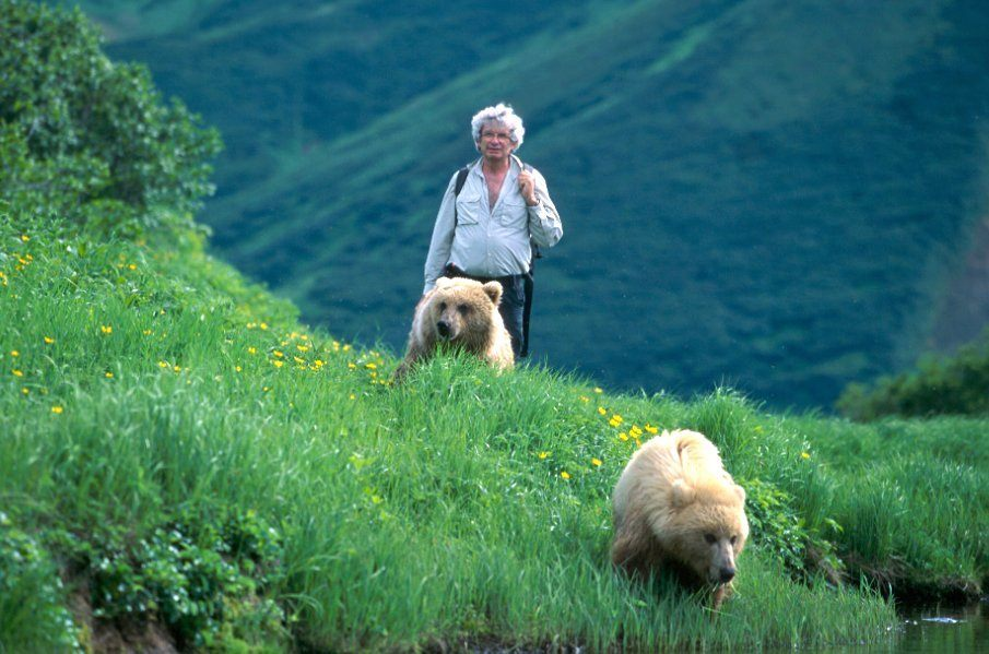 Charlie Russell, Grizzly Whisperer